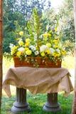 Arreglos florales del día de boda Foto de archivo libre de regalías