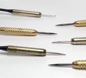 Arremessa agulhas Aço afiado Tambores de bronze e inoxidáveis closeup fotos de stock royalty free