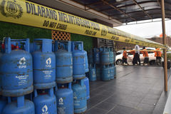 Arrest the perpetrators of fraudulent LPG tube 12 kg. Special Crime Directorate of the crime of conspiracy forgery Central Java Police arrested 12kg LPG in the Royalty Free Stock Photo