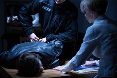 Arrestatie in ondervragingsruimte Stock Foto's