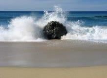 Arresto dell'onda di oceano Fotografia Stock