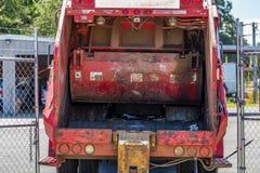 Arrière de camion à ordures images libres de droits
