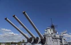 Arrière seize armes à feu de pouce du cuirassé d'USS Missouri Photos libres de droits