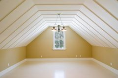 Arriba dormitorio sin amueblar fotografía de archivo libre de regalías