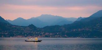 Arrivée de ferry photos libres de droits