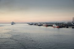 Arrivi di alba a Southampton fotografia stock