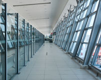 Arrivo Corridoio nell'aeroporto di Penang, Malesia fotografie stock libere da diritti