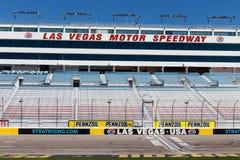 Arrivo di inizio a Las Vegas Motor Speedway LVMS ospita gli eventi di NHRA e di NASCAR compreso il Pennzoil 400 II fotografia stock