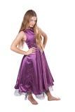 Arrogant meisje in violette kleding Royalty-vrije Stock Foto