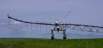 Arrosage en fonction de système d'irrigation de pivot photos libres de droits