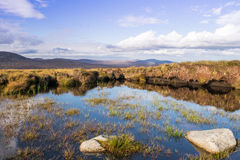 Arrosez en collines des montagnes Irlande de Glendalough Wicklow Images libres de droits
