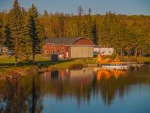 Arrosez l'avion en parc national d'algonquin, dock photos stock