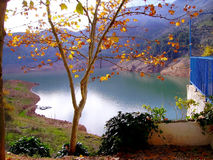 Arrosez le barrage le réservoir de Tranco, Tranco De Beas Photos stock