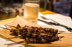Arrosticini abruzzesi (roasted lamb skewers) Royalty Free Stock Photography