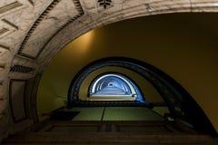 Arrott budynek W centrum Pittsburgh, Pennsylwania - Przyrodni kurendy spirali marmuru schody - Fotografia Stock