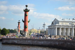Arrow of Vasilevsky island and Rostral columns Royalty Free Stock Photography