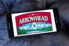 Arrowhead λογότυπο νερών πηγής βουνών εμπορικών σημάτων Στοκ εικόνες με δικαίωμα ελεύθερης χρήσης