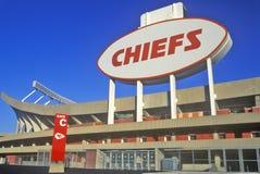 Arrowhead Stadium hem av Kansas City Chiefs, Kansas City, MO Arkivfoton