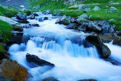 Arroyo de la montaña Fotografía de archivo libre de regalías