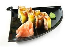 Arroyuelo del sushi con la anguila y el cangrejo Fotografía de archivo libre de regalías
