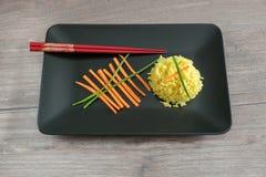 Arroz amarelo com açafrão Culinária indiana Fotos de Stock Royalty Free