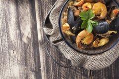 Arroz de marisco portugese paella θερινό πιάτο ρυζιού θαλασσινών αγροτικό Στοκ Φωτογραφίες