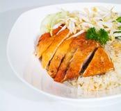 Arroz del pollo. Arroz asiático del pollo de hainan del estilo Imagenes de archivo