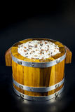Arroz en barriles de madera Foto de archivo libre de regalías