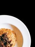 Arroz frito de la carne de vaca en negro aislado imagen de archivo libre de regalías