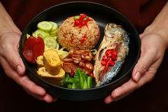 Arroz frito del jazmín con la llamada Kao Klok Kapi de la goma del camarón Imágenes de archivo libres de regalías