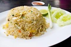 Arroz frito tailandés con el cangrejo Foto de archivo