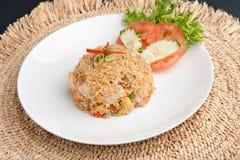Arroz frito tailandés con el pollo Fotografía de archivo libre de regalías