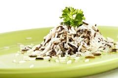 Arroz longo misturado com o arroz selvagem Imagens de Stock Royalty Free