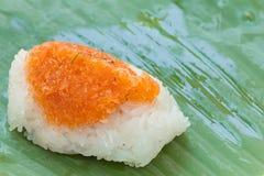 Arroz pegajoso com camarão e coco do fragmento Imagens de Stock