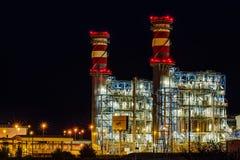 Arrubal,西班牙- 2014年6月21日:ContourGlobal的能源厂在晚上 免版税库存图片