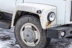 Arrugginisca sull'automobile nell'ambito della corrosione del faro su metallo Fotografia Stock Libera da Diritti