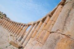 Arruina la ciudad de Jerash en Jordania/el arco de Hadrian en Jerash Imágenes de archivo libres de regalías