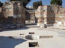 Arruina la iglesia de St John en Selcuk Imagenes de archivo