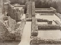 Arruina la piedra vieja del castillo de la civilización griega antigua de Creta Grecia Imágenes de archivo libres de regalías