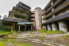 Arruine el hotel abandonado en la isla del sao Miguel Foto de archivo