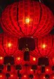 Arsenal de linternas chinas rojas en Chinatown Fotos de archivo