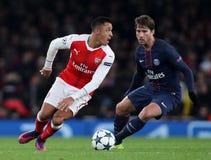 Arsenal FC V Paris St Germain - liga för UEFA-mästare Arkivfoto