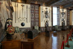 Arsenalrum på den Cheverny slotten Arkivbilder