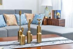 Artículo de cobre decorativo del producto de la sala de estar foto de archivo libre de regalías