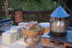 Artículos de cocina en comida de la comida fría del abastecimiento Imagen de archivo