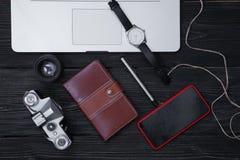 Artículos de la disposición para el trabajo, viaje, planeamiento de las vacaciones imagen de archivo