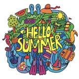 Artículos del verano en estilo de la historieta con hola verano Imágenes de archivo libres de regalías