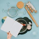 Artículos para cocinar las galletas Imágenes de archivo libres de regalías