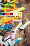Artículos para la creatividad del ` s de los niños imágenes de archivo libres de regalías