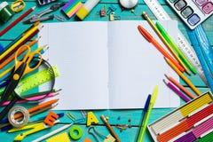 Artículos para la creatividad del ` s de los niños fotos de archivo